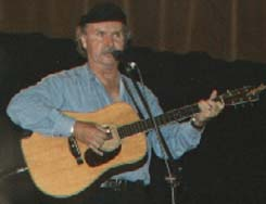 Tom Paxton; photo by The Mollis