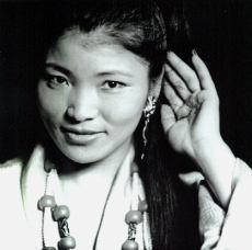 Yungchen Lhamo; photo by Michele Turriani